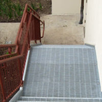 grating-tread-stair-01
